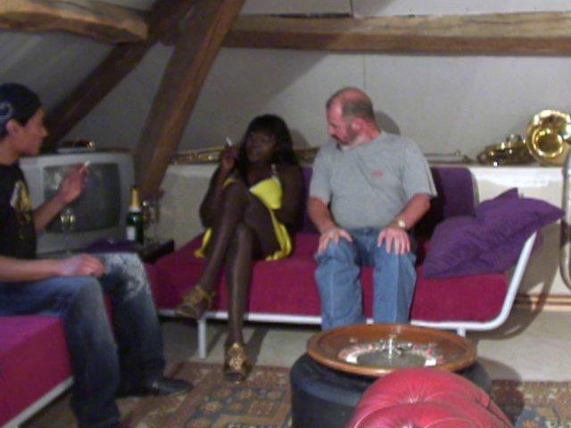 sexe à trois sur paris avec une belle black d'origine africaine