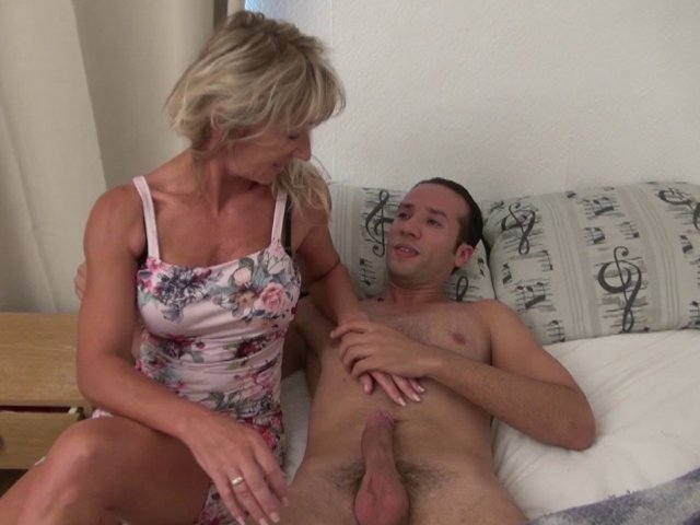 horny cougars mature video