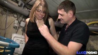 partager le cul de sa femme avec deux potes